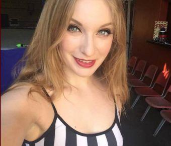 Ela Darling's Public Photo (SexyJobs ID# 137487)