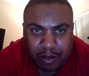 Robert Earl Courtney Jr's Public Photo (SexyJobs ID# 226505)
