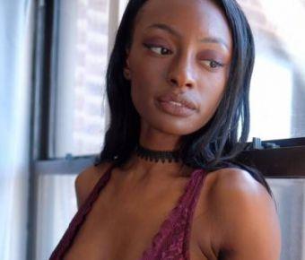 Zohara Lara's Public Photo (SexyJobs ID# 290926)